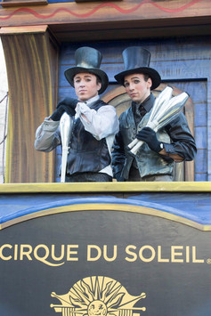 Cirque du Soleil Macy's Thanks Giving Parade 2015