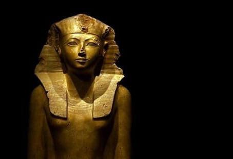 Hatshepsut , La  Reina/Rey.
