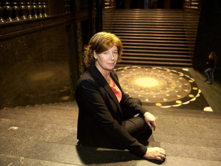 Petra De Sutter , la política trans más importante de Europa.