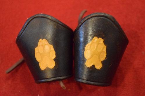 Paire de bracelets pattes de loup artisanal