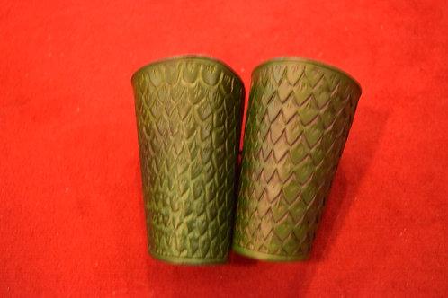 paire de Brassards en cuir écailles de dragon