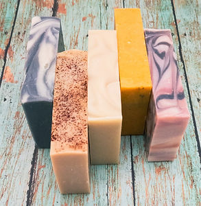 5 different handmade soaps from Aromariss