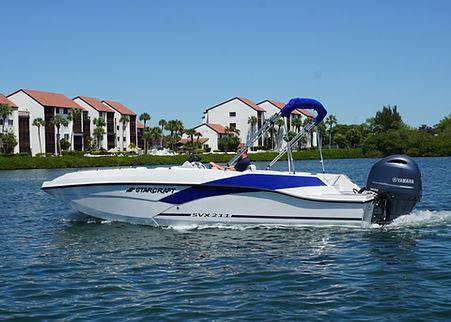 chris foster - 21ft Deckboat.JPG