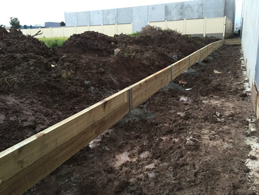 Factory retaining wall, Derrimut VIC