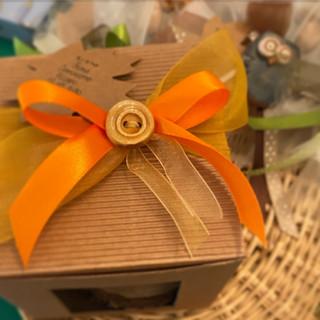 confezioni in cartoncino ondulato o liscio