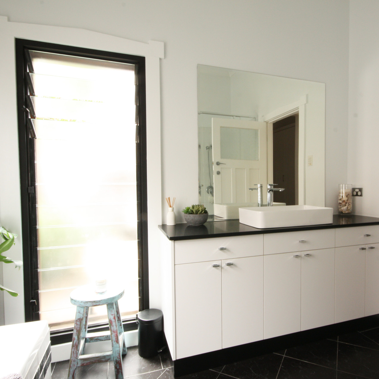 Transitional Bathroom Vanity Mt. Hawthorn, Perth