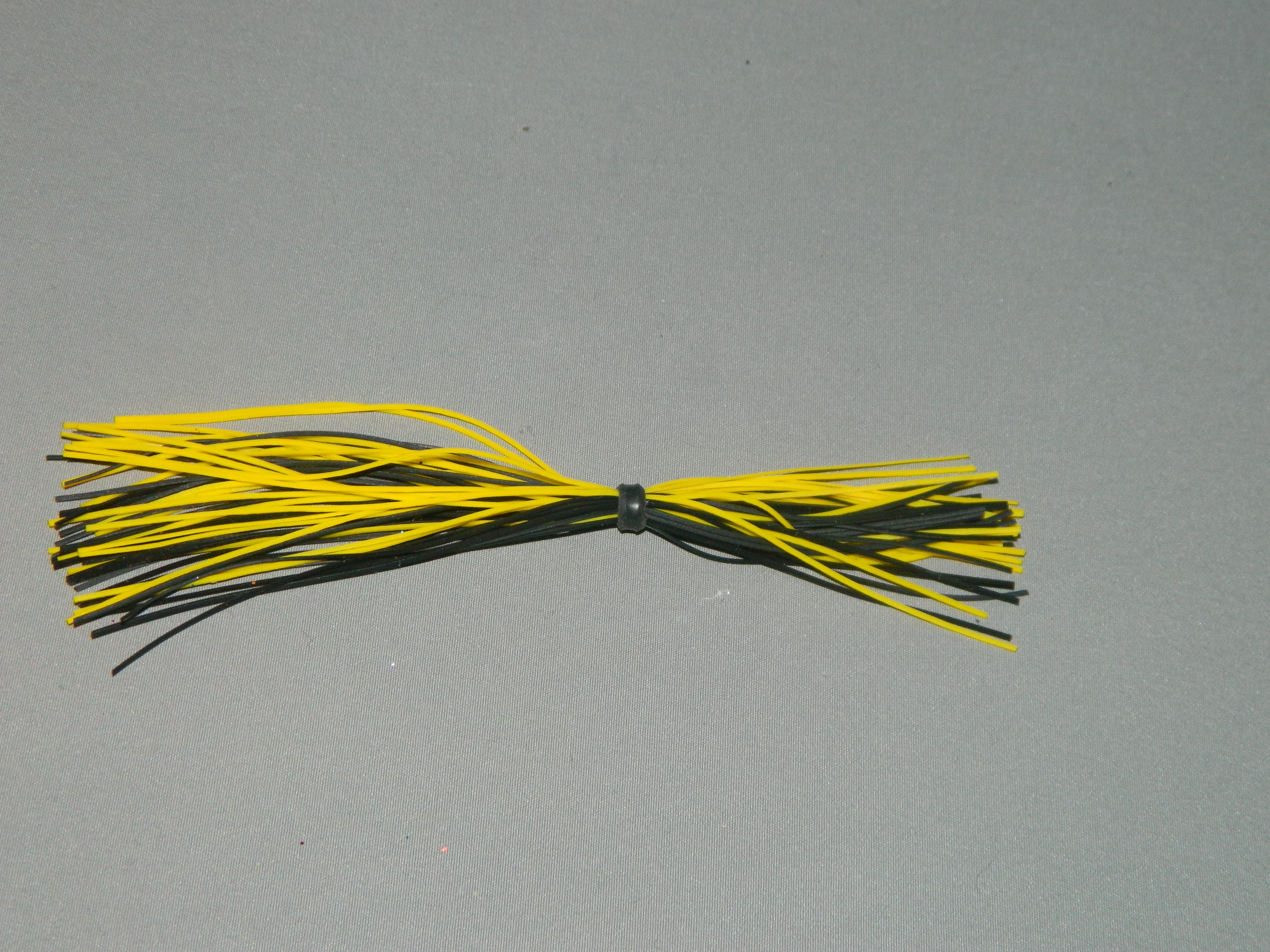 11 Black yellow