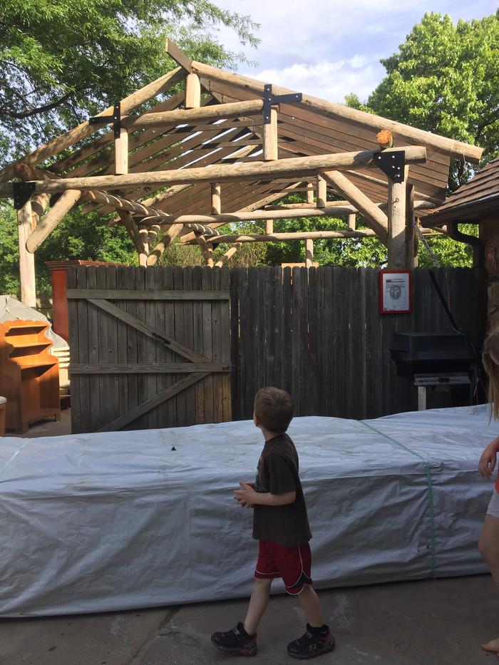 Building a pavilion for meetings