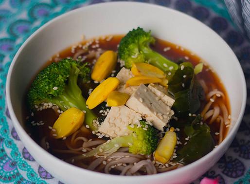 Oriental Soup with Tofu & Wakame