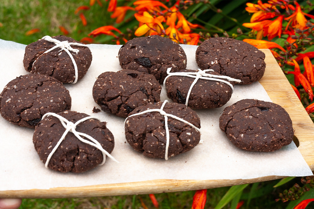 Raw macacao pili nuts cookies with chocolate