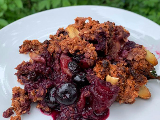 Vegan Peach Blueberry Crumble