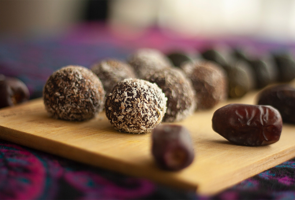 Raw vegan protein ball with pili nuts