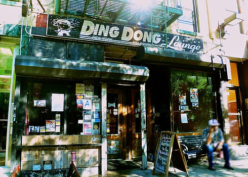 New York Ding Dong Lounge