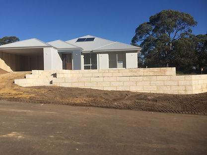 Here is another quality retaining wall by Bunbury Limestone the best in Retaining Wall Construction