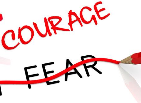 פחד קהל, פחד טיסה, פחד מכשלון, פחד מדחיה, פחד מנהיגה - כיצד הם נוצרים.