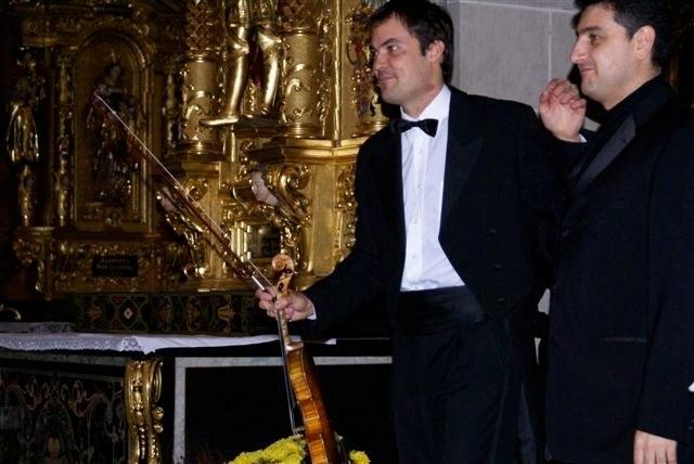 mit dem Sinfonieorchester Yerevan