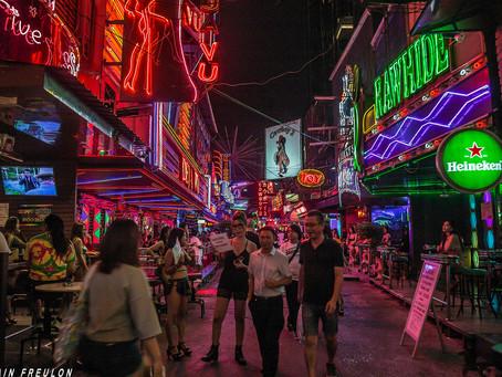 Bangkok : La night-life et sa débauche