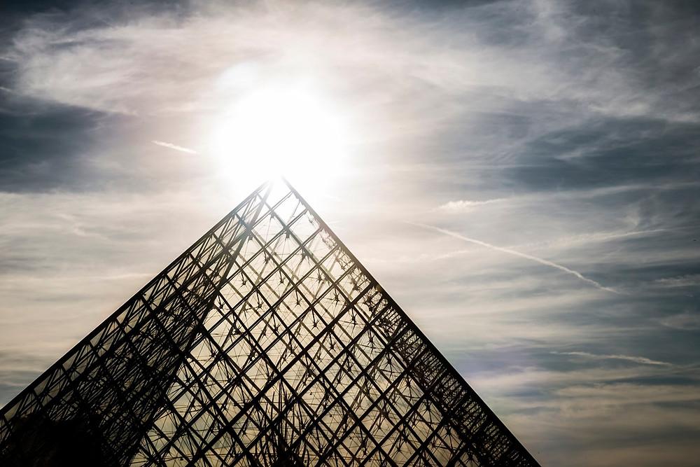 Le couché de soleil au zénith de la pyramide SYLVAIN FREULON©