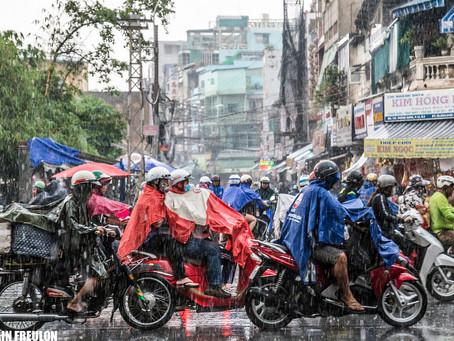 "Saigon: I'm walking in the ""rain"""
