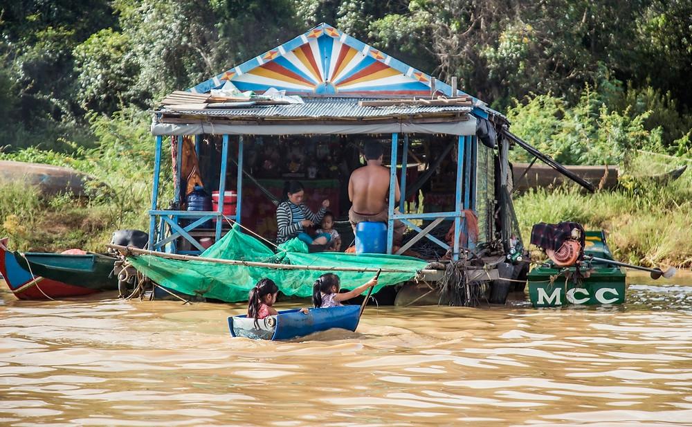 l'immense Lac Tonlé Sap et ses villages flottant à proximité (Sylvain Freulon ©)