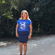 Nossa modelo Janaína Rodrigues com sua t-shirt azul royal também garantiu seu click. RJ