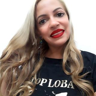 Nossa modelo Ivania Araújo fez seu click no Salão Novo S'tilos, em Belford Roxo/RJ, com os cabelos tratados!