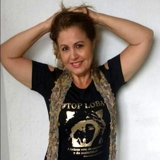 Nossa modelo Renata Teixeira fez seu click usando um pretinho básico, dress Top Loba!