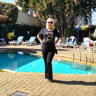 Nossa modelo Cleusa Oliveira, foi passear em Caldas Novas e garantiu seu click usando Top Loba!