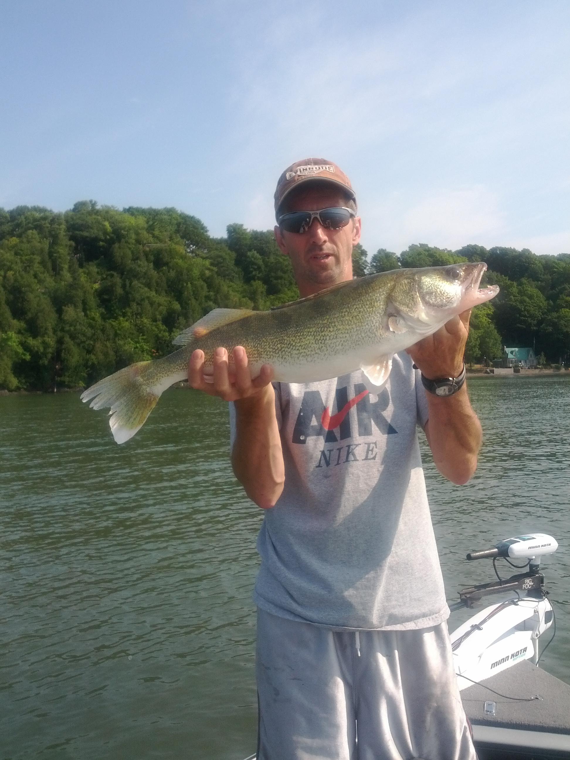 excursion de pêche sur le fleuve