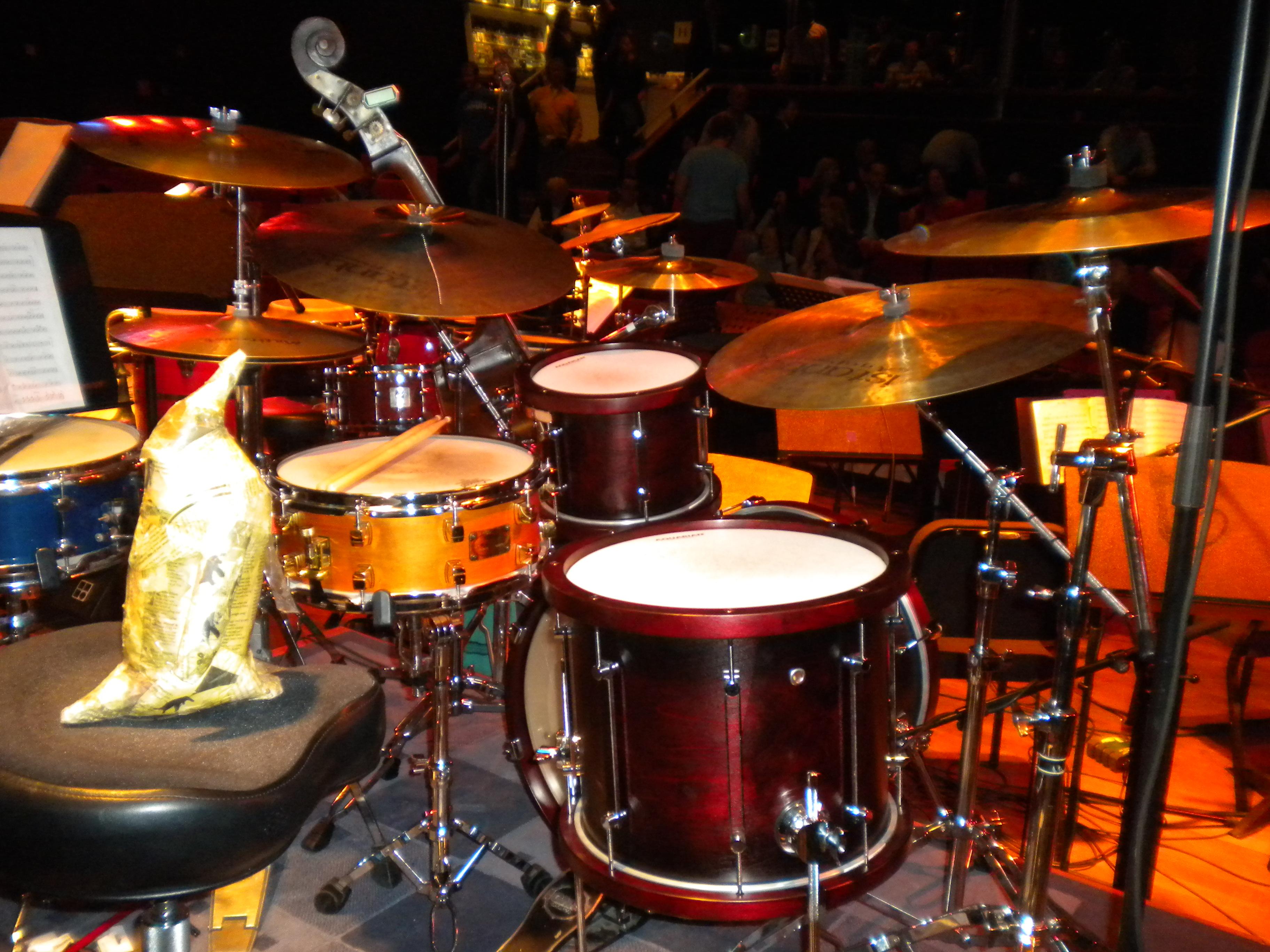 20110925 3 drums.JPG