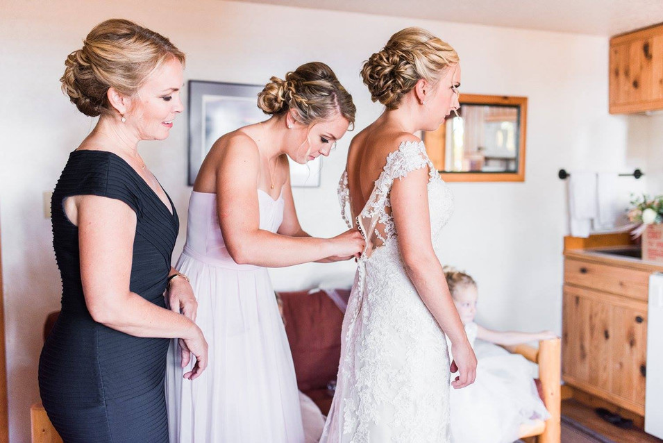 Venue:   Photography: AnaBella Photography (https://www.facebook.com/AnaBellaFotography/)   Hair: Heather Bezanson