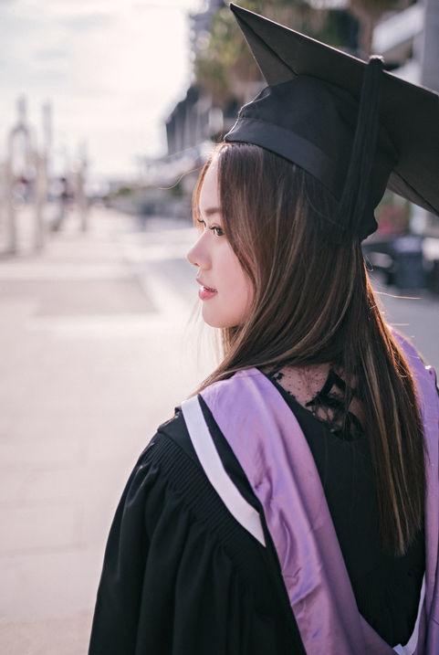 墨尔本毕业照 | 墨大 | 莫纳什 | RMIT | 毕业写真 |  東拾映画 墨尔本最有温度的摄影工作室