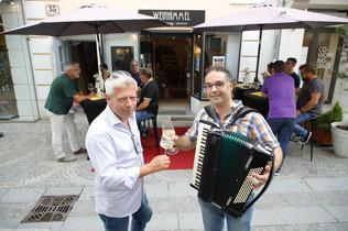 Weinhimmel_Straßenmusiker4.jpg