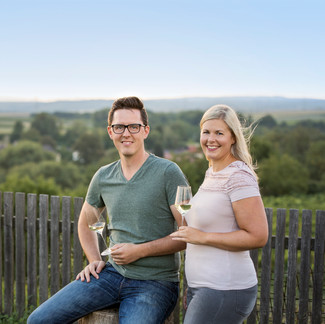 Katharina & Robert am Weingut