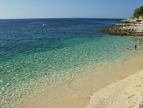 ivandolac-hvar-beach