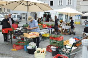 Bauernmarkt.jpg