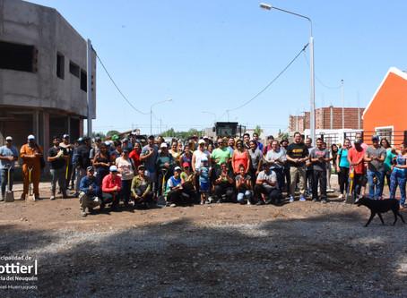 Trabajos comunitarios en Bº Altos de Alberdi