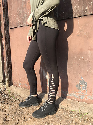 Black Ladder Ankle Capris Leggings