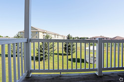 lyncrest-manor-apartment-homes-sioux-falls-sd-balcony