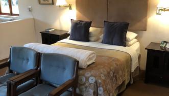 Garden Suite 1 Queen bed