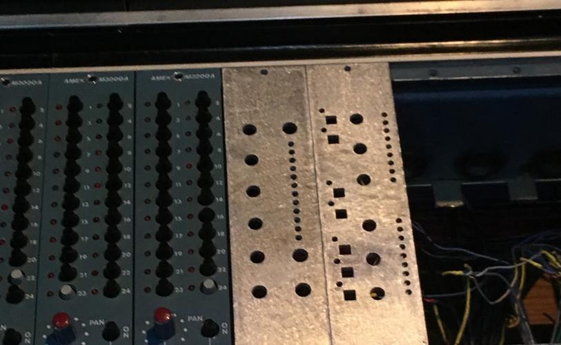 Custom metal fabricaton for vintage turntable