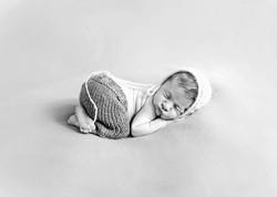 newborn013bw