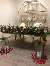 Suzzane Gold Table