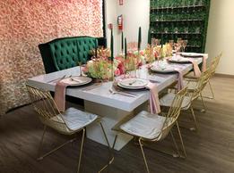 Fabiola Table & Berkfield Sofa