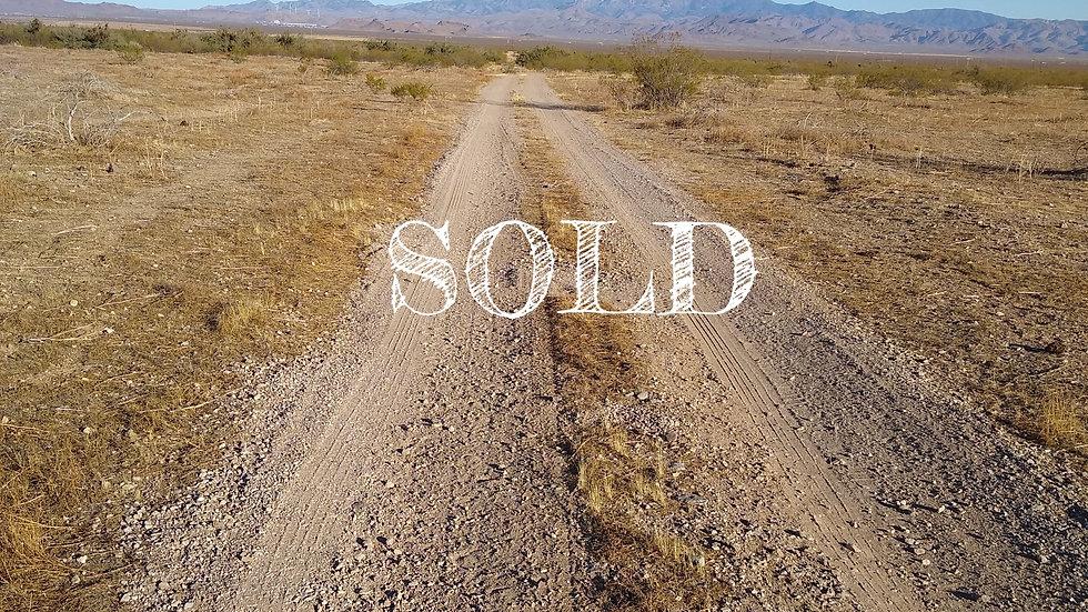 2.35 Acres - GOLDEN VALLEY RANCHOS LOT: 9 - GOLDEN VALLEY, AZ