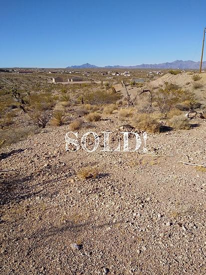 .5 Acres - 1215 E PUEBLO DR. - MEADVIEW, AZ