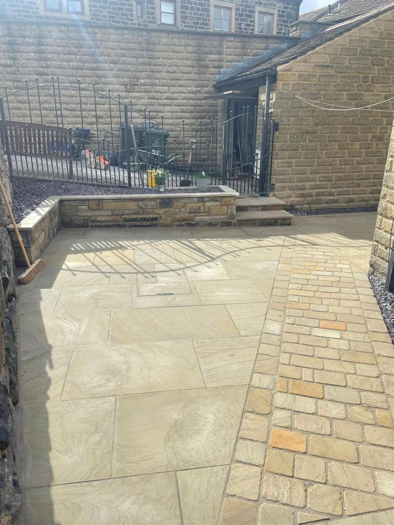 SW Paving with Setts.jpg