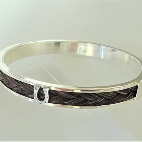 Sterling silver horsehair Bangle 63 mm inside dia. with Tongue Clasp
