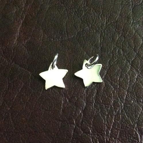Sterling silver star charm 8.75 mm | CH557127