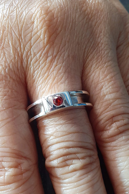 Sterling silver channel ring 1 x 3 x 1 x mm | with 3 mm CZ | RG887832